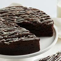Cookies and Cream Brownie Cake (military) close-up view image selector