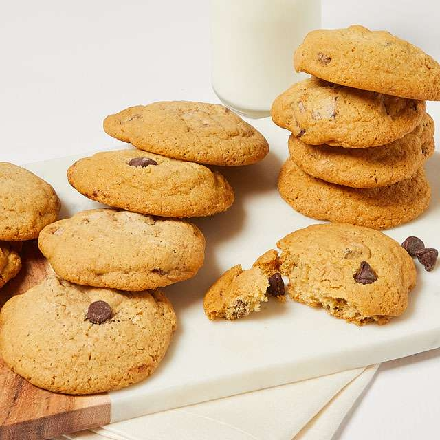 Image of One Dozen Gluten-Free Chocolate Chip Cookies