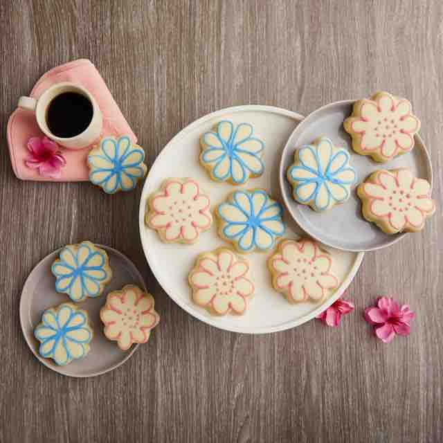 Best selling product  flower-cookies